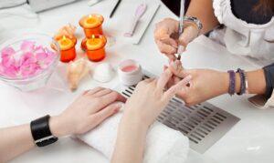 Как сделать коррекцию ногтевой пластины