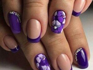 Фиолетовый цветочный дизайн
