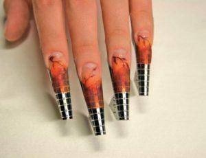 Как нарастить ногти гелем на формах
