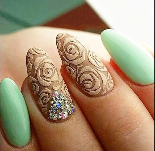 Дизайн ногтей Бархатным песком