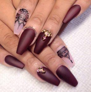 Нарощенные ногти в форме балерина