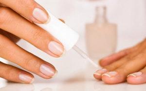 Лечебные лаки для ухода за ногтями