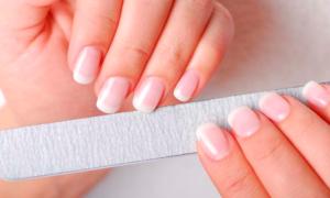 Как делать маникюр на короткие ногти